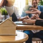 """Pourquoi l'été est-il si """"chaud"""" dans le secteur de la location de biens immobiliers ?"""